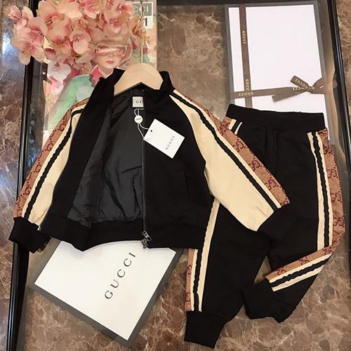 gucci (グッチ)Sports Zipper セットアップ AW19 パロディ 子供服