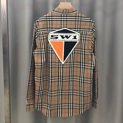 Burberrys ( バーバリー ) ロゴグラフィックチェックコットンシャツ